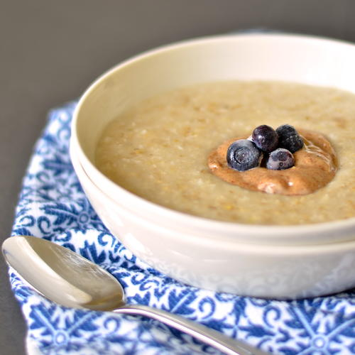 Creamy Coconut and Almond Oatmeal_1