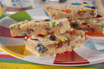 12 easy potluck recipes for Food bar rainbow moon