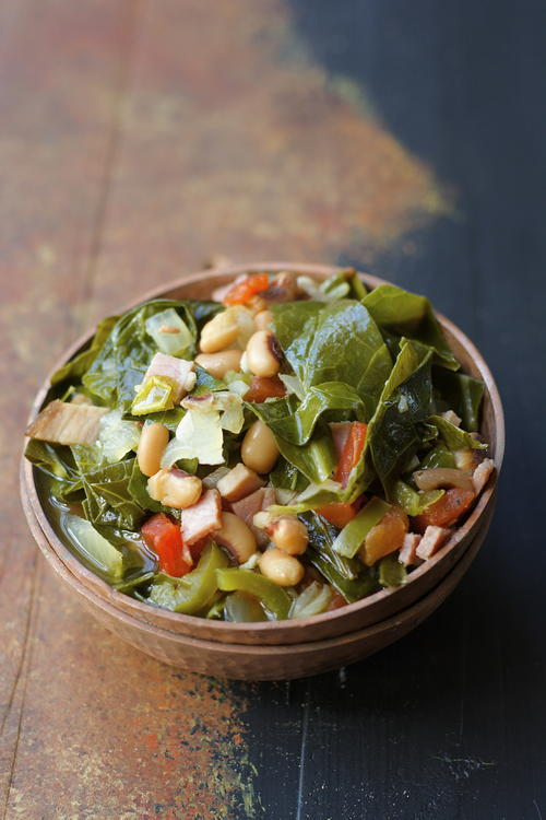 Slow Cooker Spicy Greens and Black-Eyed Peas