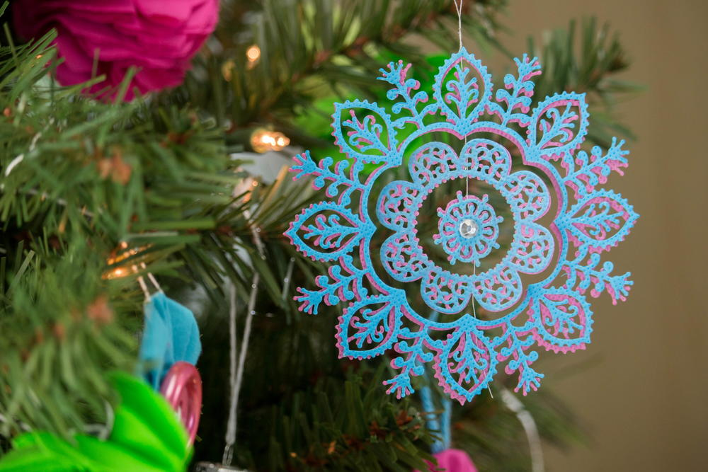 Easy Elegant Christmas Ornament Allfreechristmascrafts Com