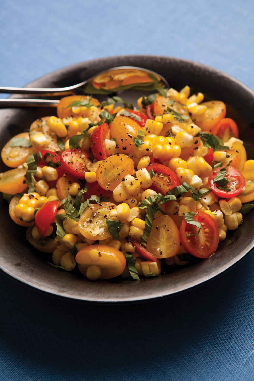 Fresh Corn Salad with Tomatoes and Basil | EverydayDiabeticRecipes.com