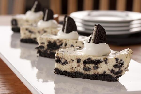 Cookies 'n' Cream Cheesecake Bars | MrFood.com