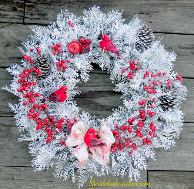 Red Berry Winter Wreath Allfreechristmascrafts Com