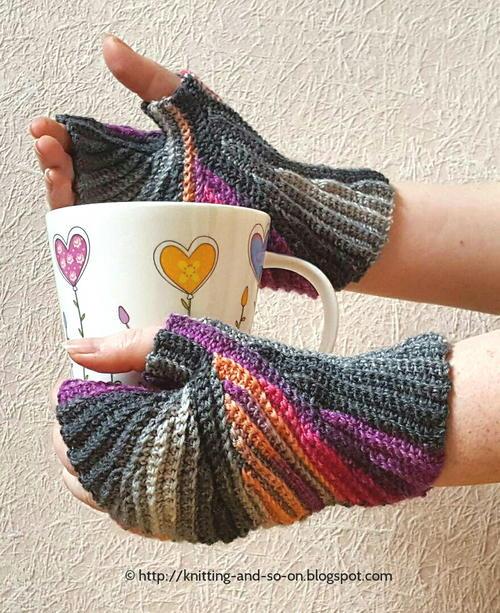 Sparkler Crochet Fingerless Mittens Favecraftscom