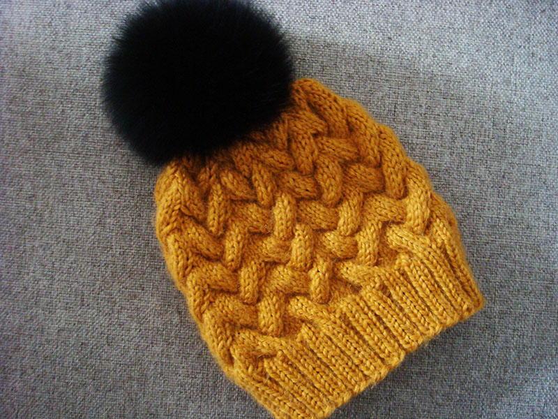 Knitting Pattern Cable Hat Easy : Sandy Winter Cable Hat AllFreeKnitting.com