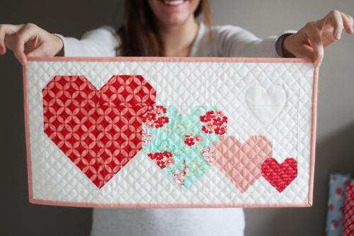 I heart you mini quilt pattern favequilts