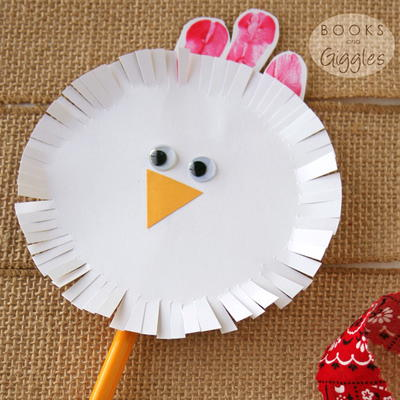 Spinning Chicken Craft for Toddlers & Preschoolers