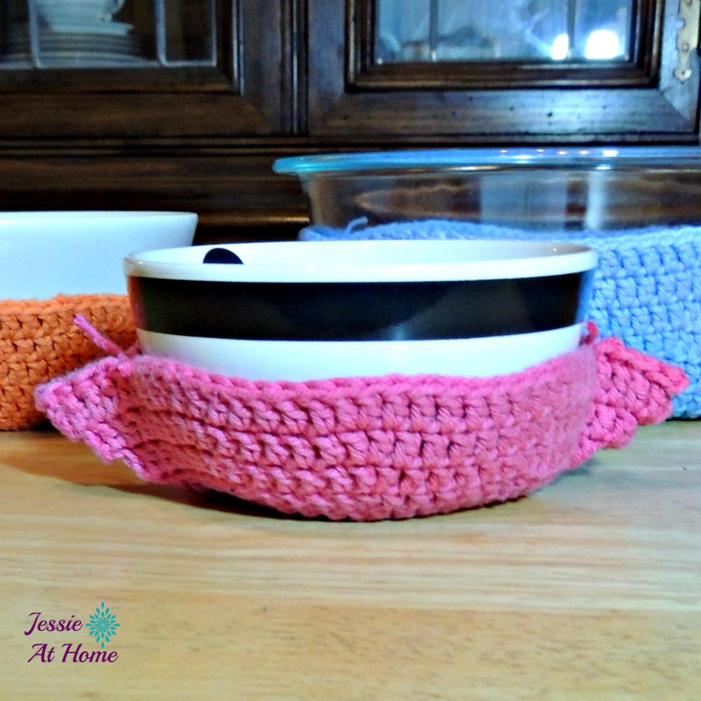 One Hour Kitchen Projects: One Hour Crochet Bowl Cozy