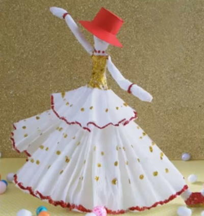 Dreamy Dancing Doll