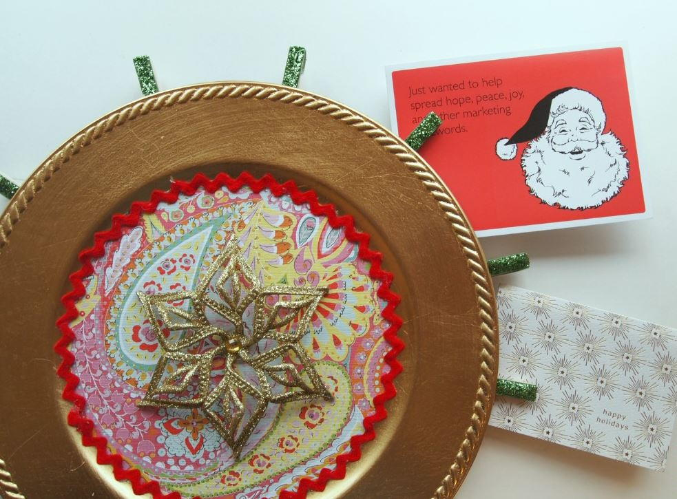 Creative christmas card holder and display for Christmas card holder craft project