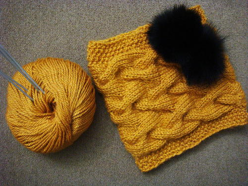 Sandy Winter Cable Cowl