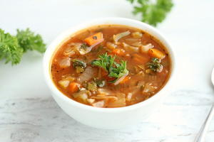 Low-Calorie Cabbage Soup