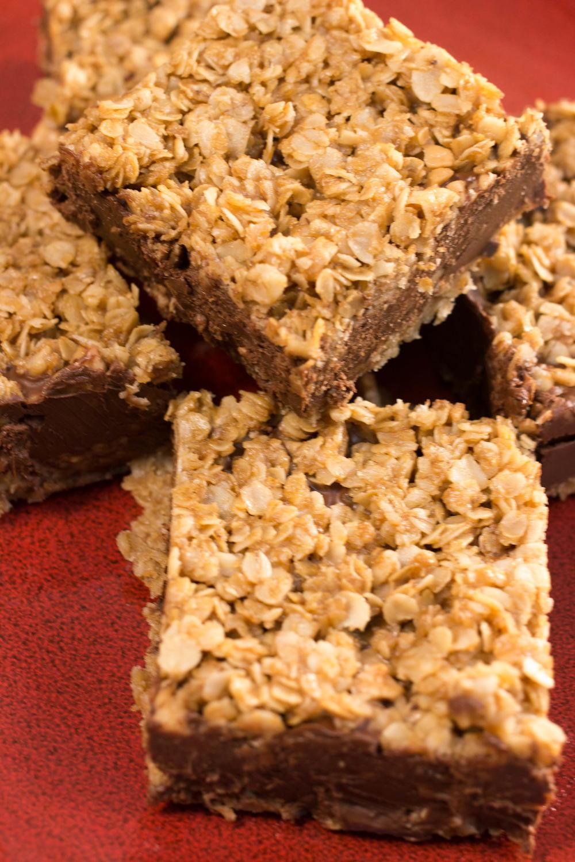 No Bake Chocolate Oatmeal Bars Thebestdessertrecipes Com