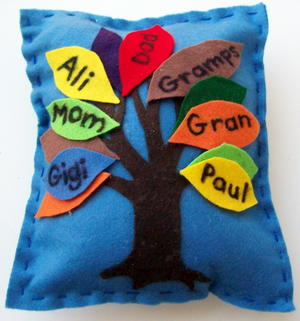 Thankful Tree DIY Pillows