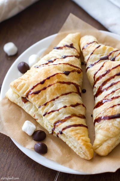 3-ingredient S'mores Turnovers_1