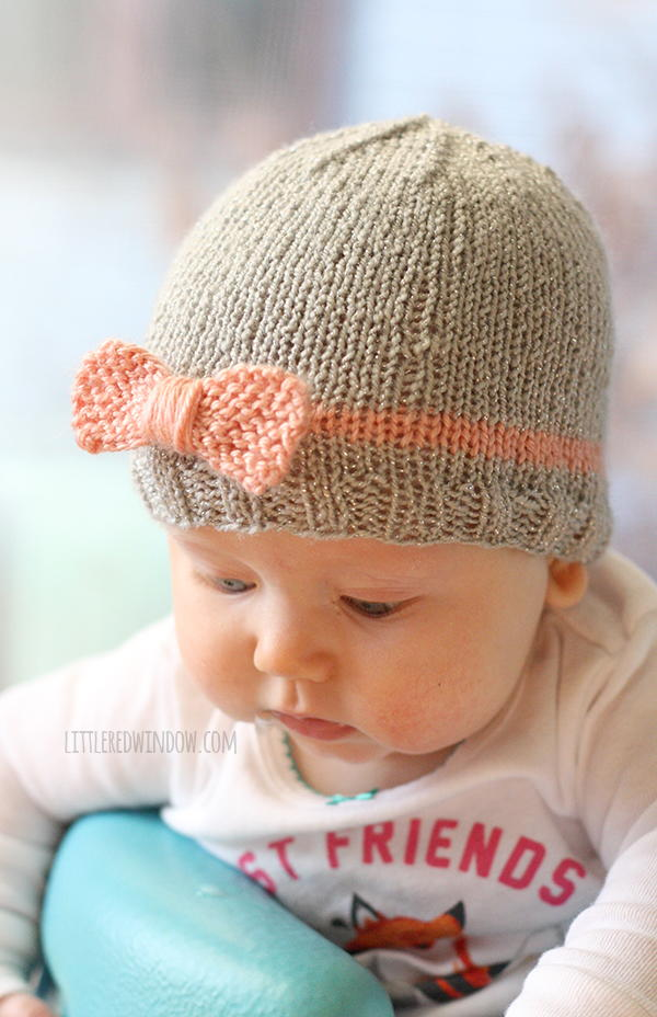 Easy Knitting Patterns For Toddler Hats : Bow Baby Hat AllFreeKnitting.com
