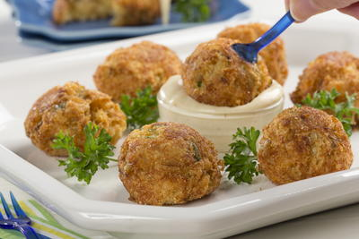Cheesy Crab Poppers