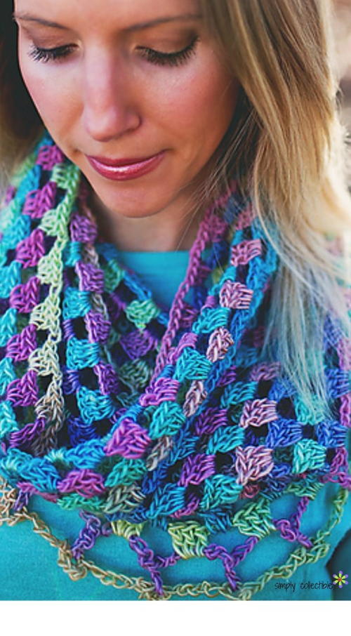 Lily's Sweetheart Crochet Cowl