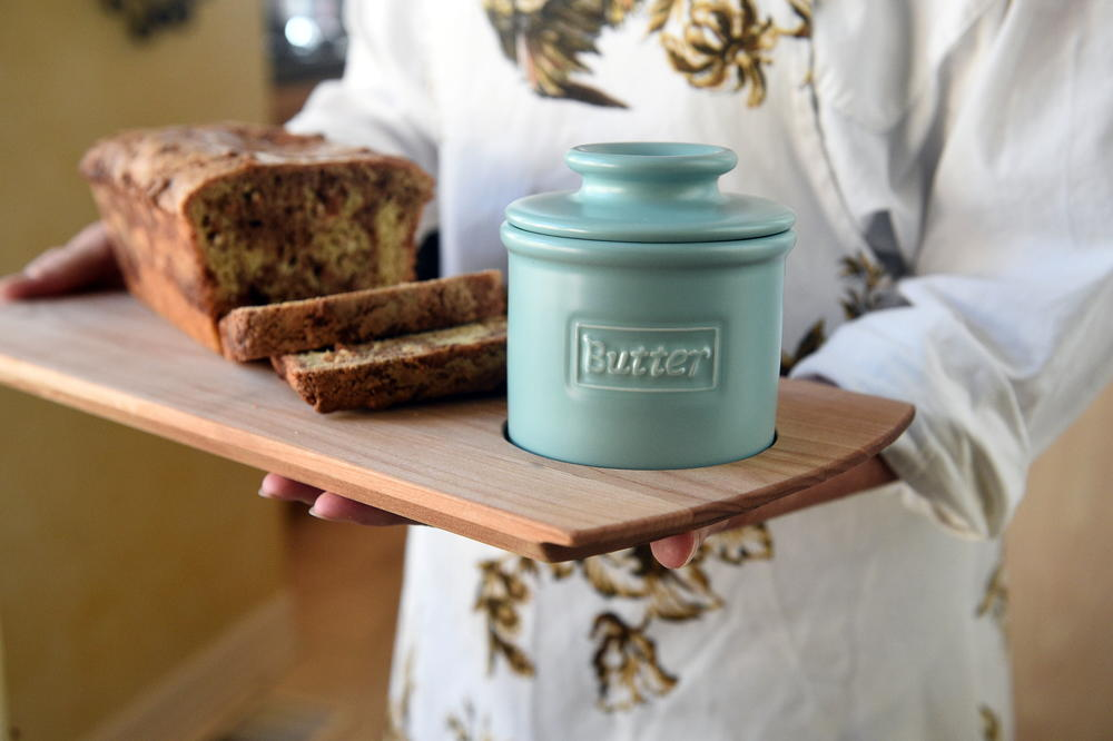 Butter Bell Crock And Bread Board Review Recipelion Com