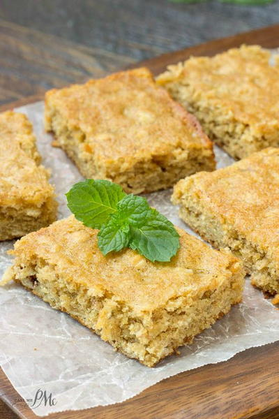 Peanut Butter Oatmeal Breakfast Blondies