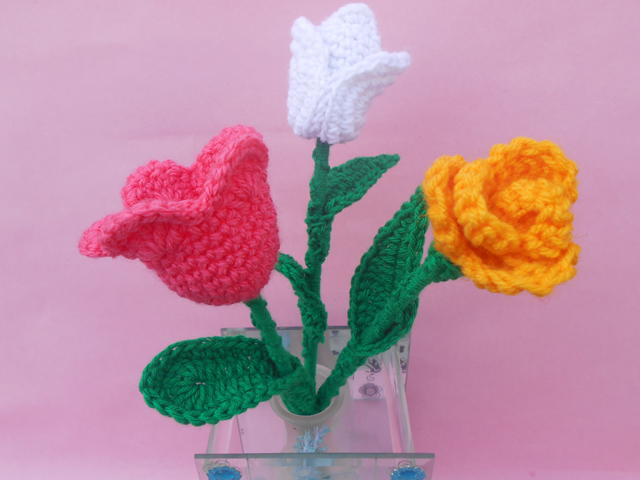 Tulip Crochet Flower Patterns Favecrafts Com