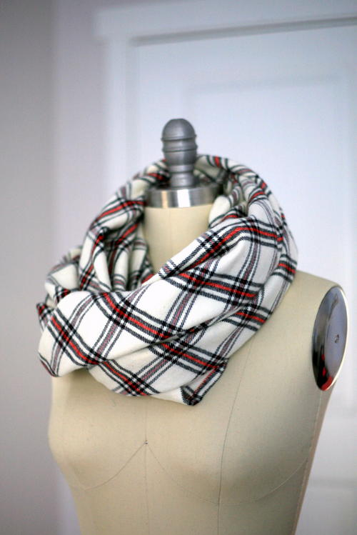 Simply Cozy DIY Blanket Scarf