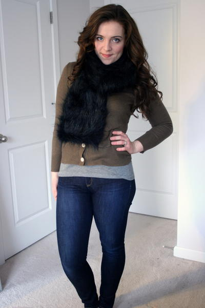 Fashionable Faux Fur DIY Scarf