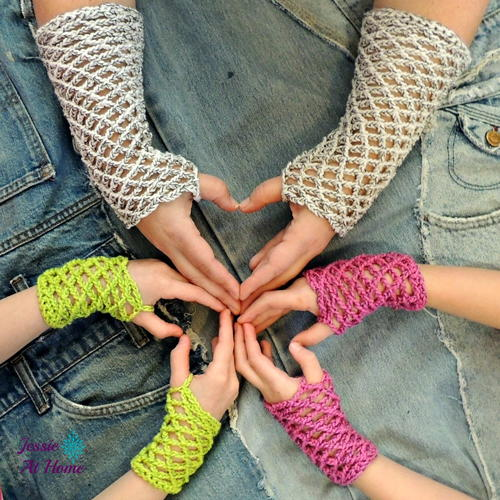 Nettie's Simple Mitts Crochet Pattern