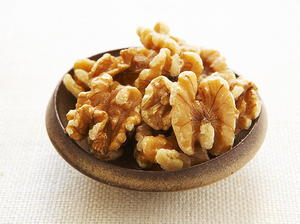Honey-Glazed Walnuts