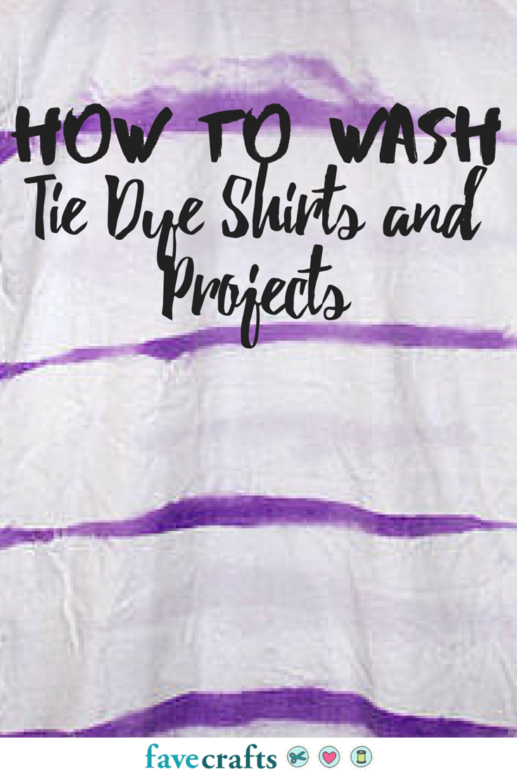 how to set tie dye in fabric favecrafts com