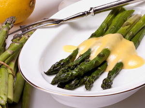 Perfectly Steamed Asparagus with Hurry-Up Hollandaise