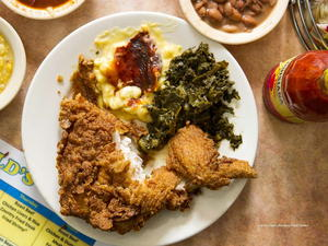 Arnold's Country Kitchen Fried Chicken
