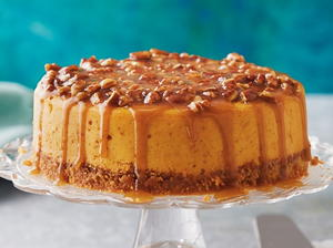 Praline-Pumpkin Cheesecake