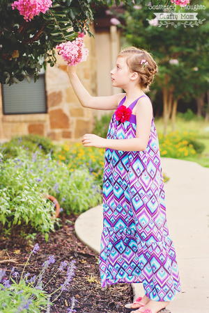 Pretty Girl's DIY Maxi Dress
