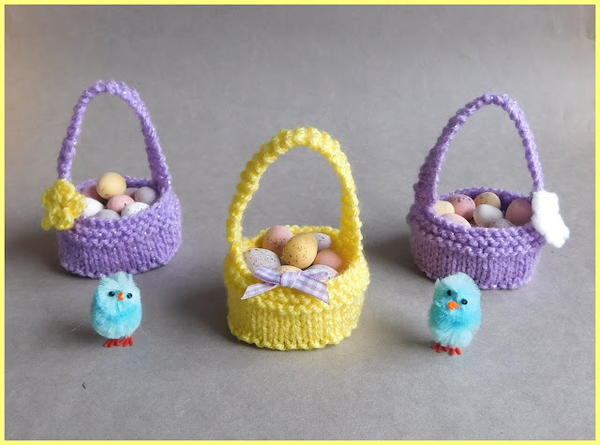 Easter Mummy and Baby Bunny //Choc Cream Egg KNITTING PATTERN Choc gift bags