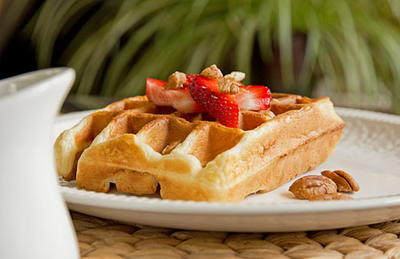 Moms Best Banana Buttermilk Waffles