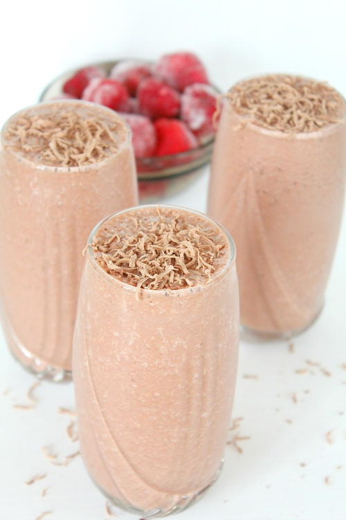 Fudge Strawberry Cherry Smoothie Recipe