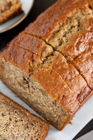Best Old Fashion Banana Bread