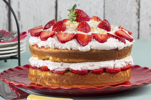 Strawberry Dessert Recipes Layered Strawberry Cake