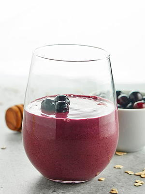 Healthy Blueberry Muffin Smoothie