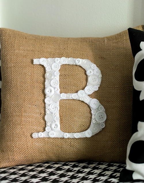 Button Monogram DIY Pillow Pattern