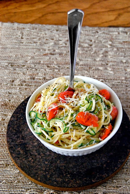 Simple Lemon Zucchini Noodles