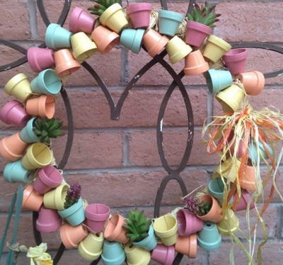 Mini Terra Cotta Pot Wreath