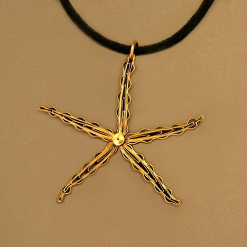Quilled Starfish DIY Necklace