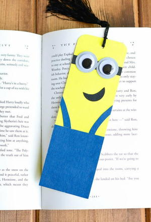 How To Make Bookmarks 25 Diy Bookmark Ideas Favecrafts Com