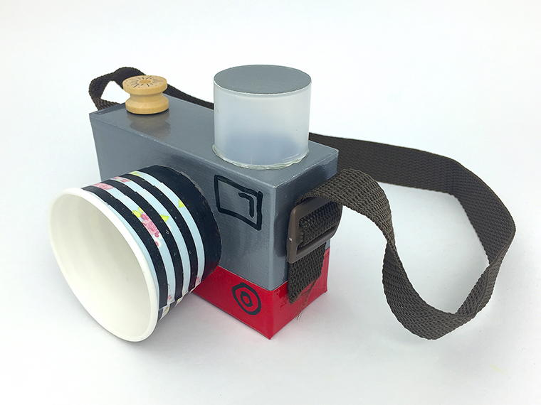 Make It Snappy DIY Camera | AllFreeKidsCrafts.com