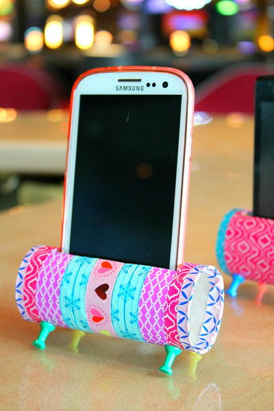 DIY Phone Stand Toilet Paper Roll Craft