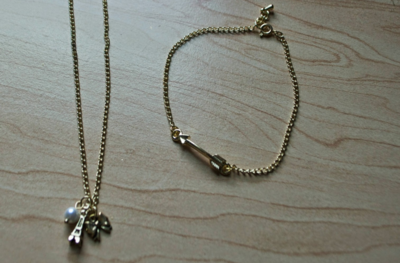 Charming Chains DIY Jewelry Set