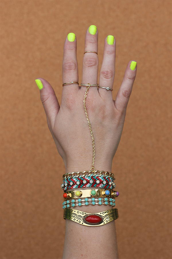 Friendship Bracelet DIY Hand Jewelry