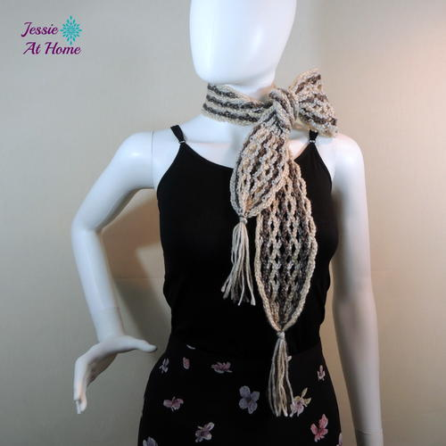 Nettie's Super Simple Tassel Scarf